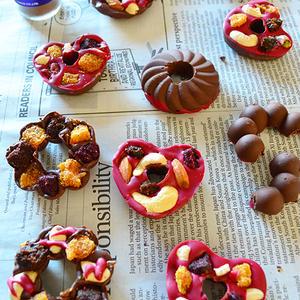 スパイス×ドライフルーツ×ナッツの大人チョコレート