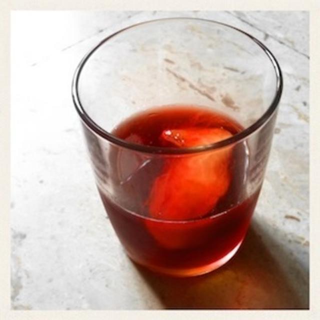 桃のワイン・カクテル