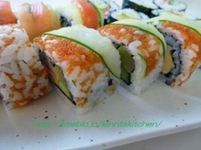 飾り巻き寿司 カリフォルニアロール(*^_^*)