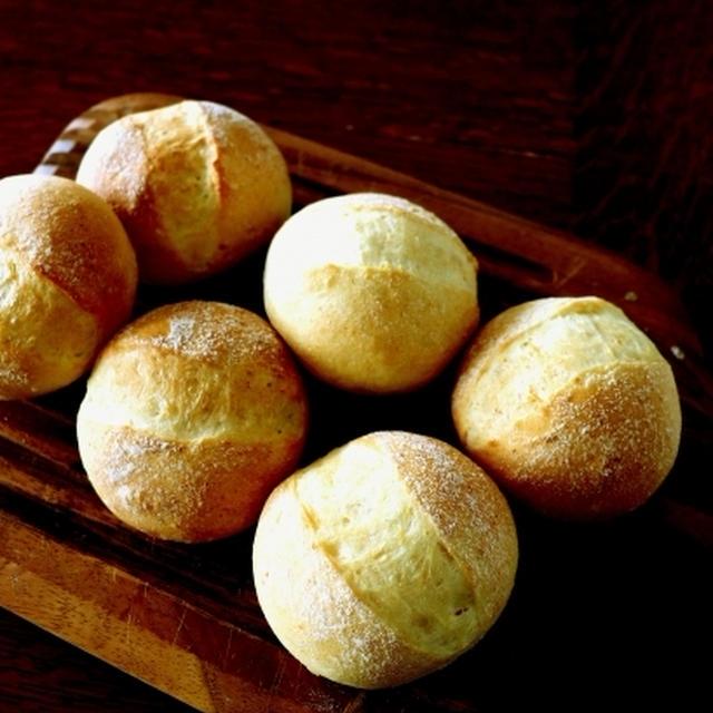 残り物活用・・とうもろこしの丸パン♪