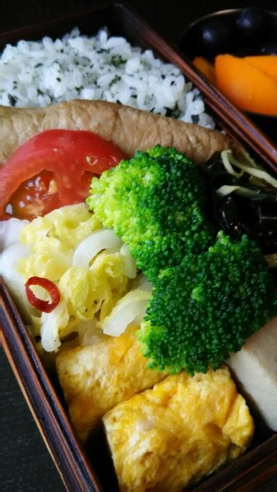 肉巻き野菜と高野豆腐煮しめ弁当