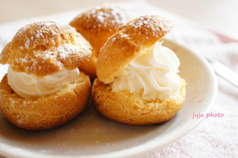 上手に焼ける?「シュークリーム」の基本の作り方とアレンジ