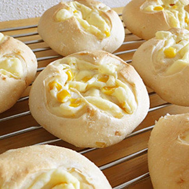 GOPANのオニオンローストお米コーンクリームパン