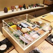 横浜•石川町で予約のとれない鮨屋•広典で楽しく幸せな口福の時間♪