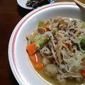 こんにゃく麺を使って、体に優しい汁麺に