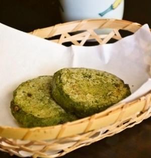 【よもぎ梅ヶ枝餅風 焼き餅】もち粉で簡単!海外でも作れます