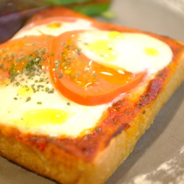 朝食☆モッツアレラとトマトのトースト♪