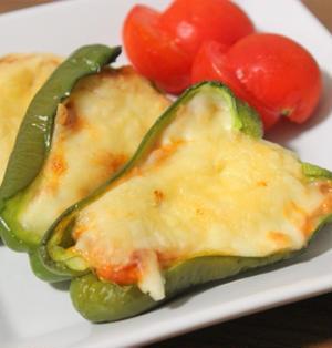 ピーマンで作る超簡単おつまみ!うま味たっぷりピーマンのツナチーズ焼きのレシピ