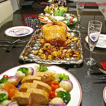 鶏の丸焼きと、クリスマスのパーティメニュー、調理は2時間以内♪