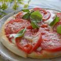 【業スーピザアレンジ】プロのピッツァ職人が作るトマトたっぷりのお家ピザ