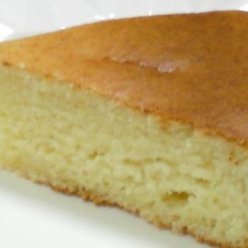 ホットケーキミックスで作る、チーズ風味のケーキ
