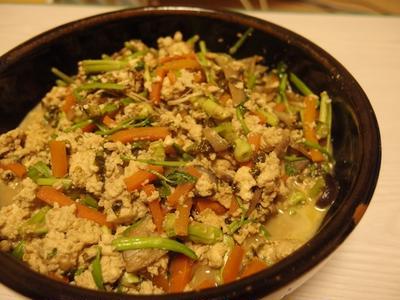 せりと海苔の炒り豆腐・行者にんにくの肉巻山椒味噌だれ