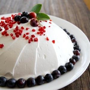 簡単なのに豪華見え!市販のスポンジで作る「ドームケーキ」
