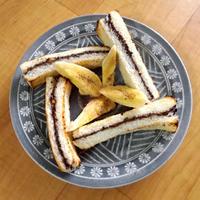 ピーナッツチョコレートサンドトースト2種。(-ε-)