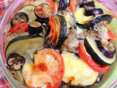 茄子とズッキーニとトマト サバ缶 のグラタン