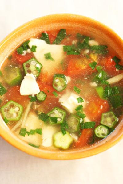 トマトとオクラのさっぱりスープ