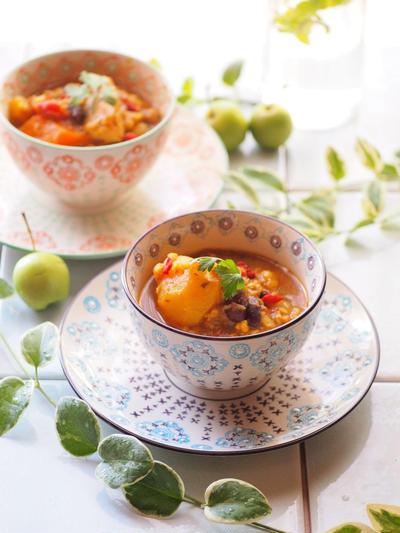 野菜と豆のスープカレー