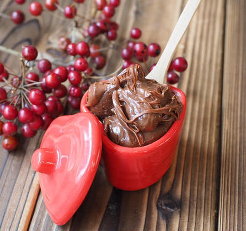 チョコレートフォンデュにも使える♪メルティすぎる「濃厚チョコクリーム」の作り方