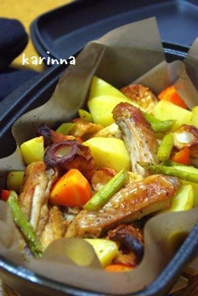 ダッチオーブンde鶏手羽中とちくわと根菜のへんこだれ焼き