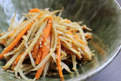 生姜とにんにくがー!ごぼうの味噌きんぴら