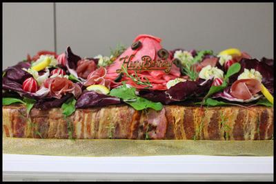 衝撃系!肉のケーキ