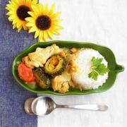 スパイスで本格派! 炒めて簡単、チキンとゴーヤーの夏カレー。