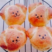 かぼちゃのわんこパン(^エ^)スパイシーチキンサンド♪かぼちゃミニ食パン♪