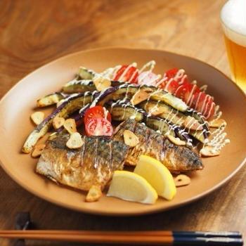 レシピブログ、塩さばと茄子のガーリックソテー、夏の魚料理は塩焼きでしょう!