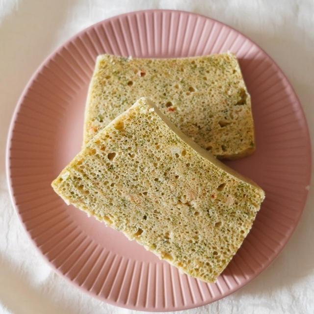 【レンジで簡単】タッパー1つで!お好み焼き味米粉パン