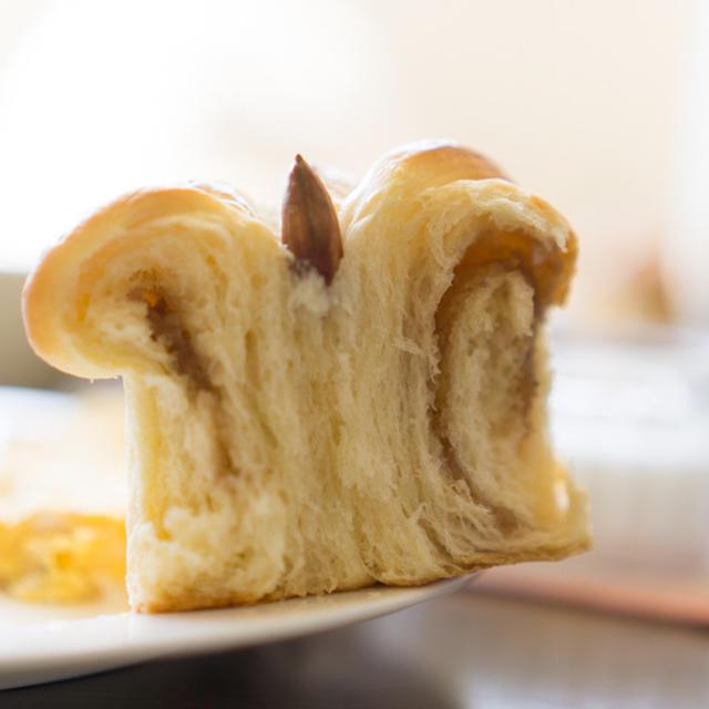 マロンアーモンドクラウンパン(春よ恋)
