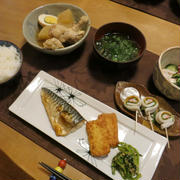 """塩鯖と 鶏手羽元・大根・卵の煮物の晩ご飯 と 品種ものの""""ツワブキ""""の花♪"""