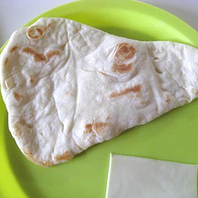 薄力粉で作る簡単ナン 手作りパン フライパンで焼くパン