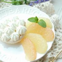 爽やか♡ヨーグルトクリームとグレープフルーツのさくさくメレンゲケーキ【PR】