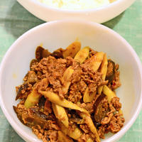 5月12日 土曜日 姫竹と茄子と豚のトマト味噌炒め煮