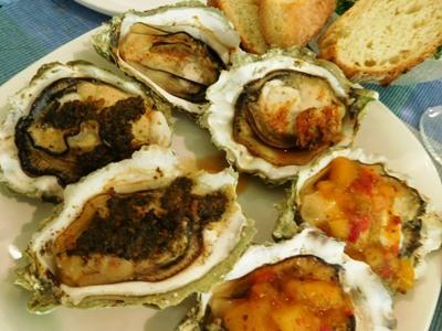 夫のぎっくり腰 ~ 牡蠣のオーブン焼きと豚足煮