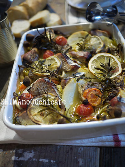 キャベツと鰹とジャガイモのサフラン風味 ホーロー焼きスープ