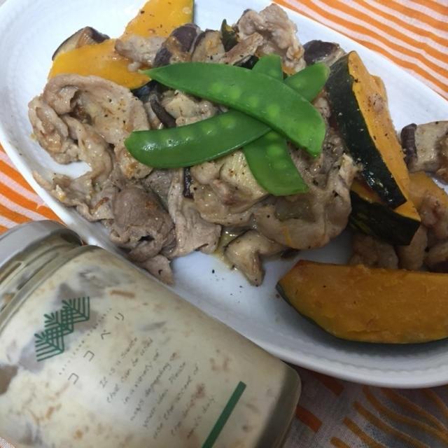 ココプリのマヨネーズディップ梅かつおで南瓜豚炒め