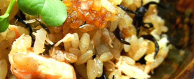 塩鮭でお手軽に♪かんたん炊き込みご飯レシピ