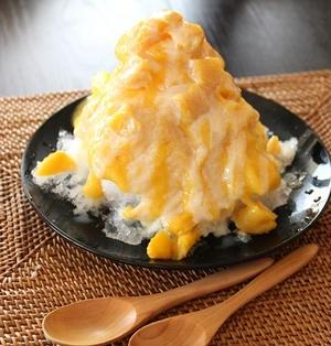 マンゴー1缶で!!贅沢マンゴーミルクかき氷。