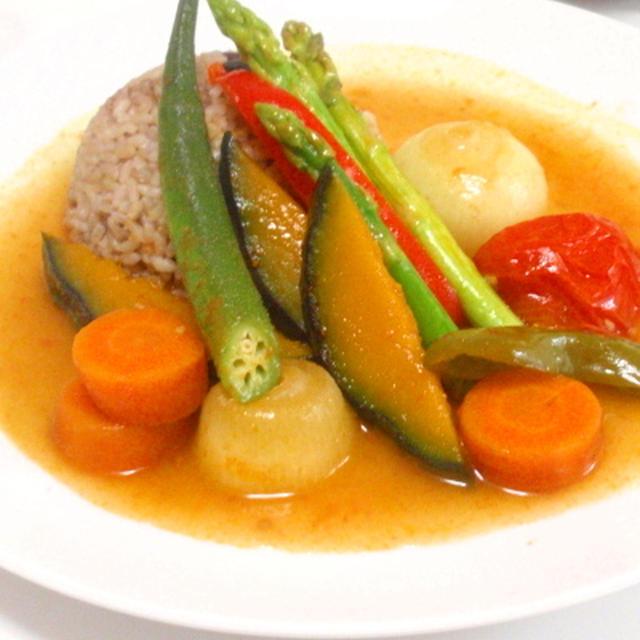 ビタミン野菜たっぷり♡カレー風味のスープ