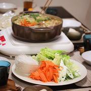 【レシピ】ラーメンスープでワンタン肉団子鍋。~ラーメンスープはデキる子!~