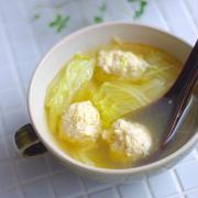 ついでに鶏団子の作り置き♡『鶏団子と白菜のポカポカ生姜スープ』*今週の朝ごはん