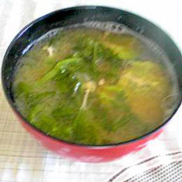 """残り野菜""""春菊と白菜""""のお味噌汁"""