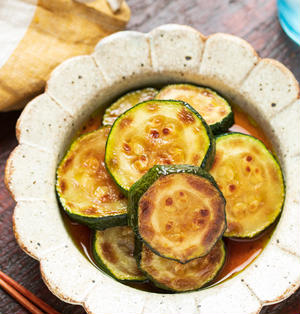 とろとろズッキーニの焼きびたし【#作り置き #お弁当 #おつまみ #冷やして美味しい #やみつき #調味料1つ #夏の常備菜 #副菜】