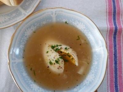 >お手軽♪ 白だしで作る落とし卵のオニオンスープ by はちみつりんごさん