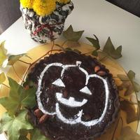 レシピブログの花と料理で楽しむハッピーハロウィン参加中。チョコタルトと。食用菊をのお浸しサラダ。