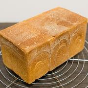 1.5斤型ぴったり低温発酵の角食パン