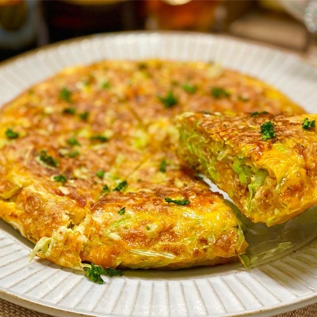 【レシピ】チキンラーメンとキャベツのチーズ卵焼き