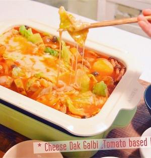 トマトベースでさっぱりチーズタッカルビ