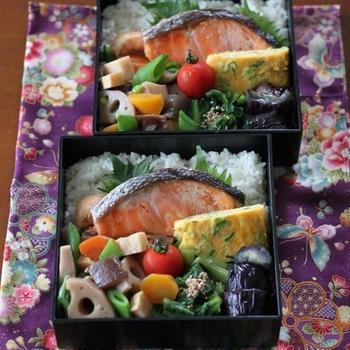 月曜鮭弁 ✿ ガーラ(๑¯﹃¯๑)♪